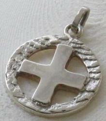 pendentif croix irlandaise