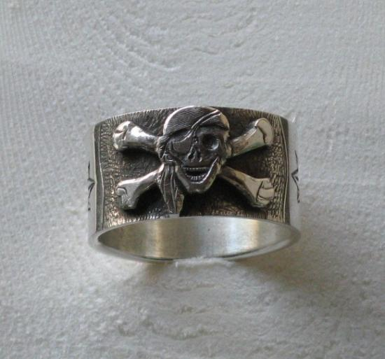 bague pirate